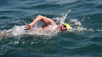 70-year-old DHL Surf Livesaver completes record-breaking English Channel swim