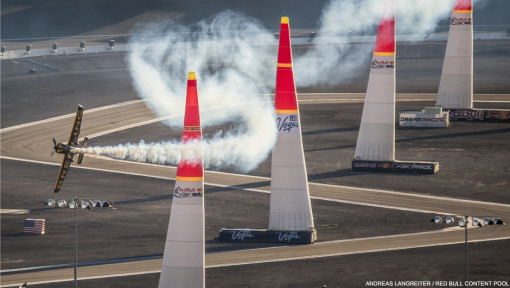 Lamb flies into the lead for Red Bull Air Race finale
