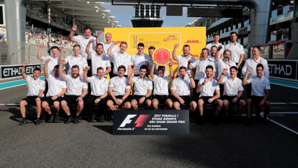 DHL Fastest Pit Stop Award presented to Mercedes-AMG Petronas