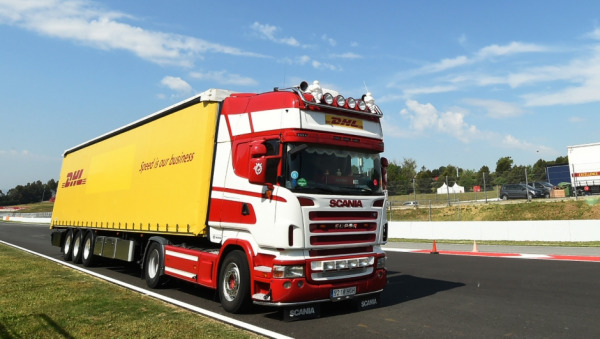 DHL ensures logistics for the first triple-header in Formula 1 history