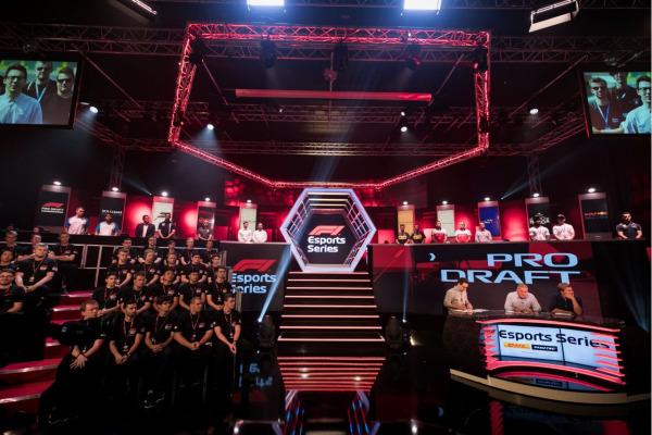 Formula 1® - Digital Champions